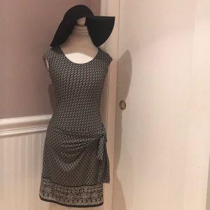 Max Studio dress size small cute little sash